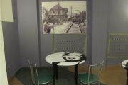 TVP   stolik  z  M.Monroe 4