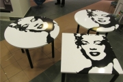 TVP   stoliki  z  M.Monroe 3